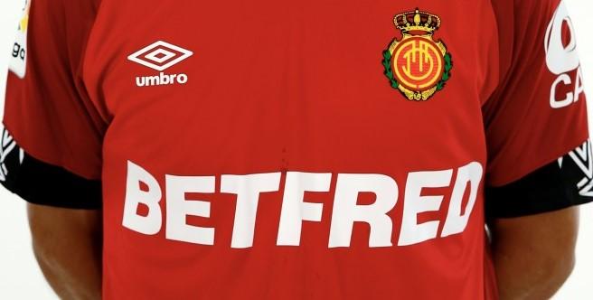 foto camiseta Betfred